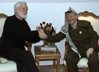 Israel: Uri Avnery, first Israeli to meet Arafat, dies at 94