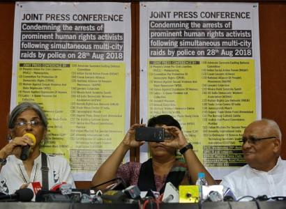 India: Top court places rights activists under house arrest
