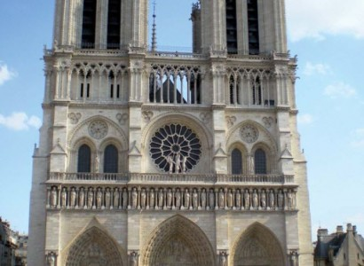 Workers to begin untangling charred metal web on Notre Dame