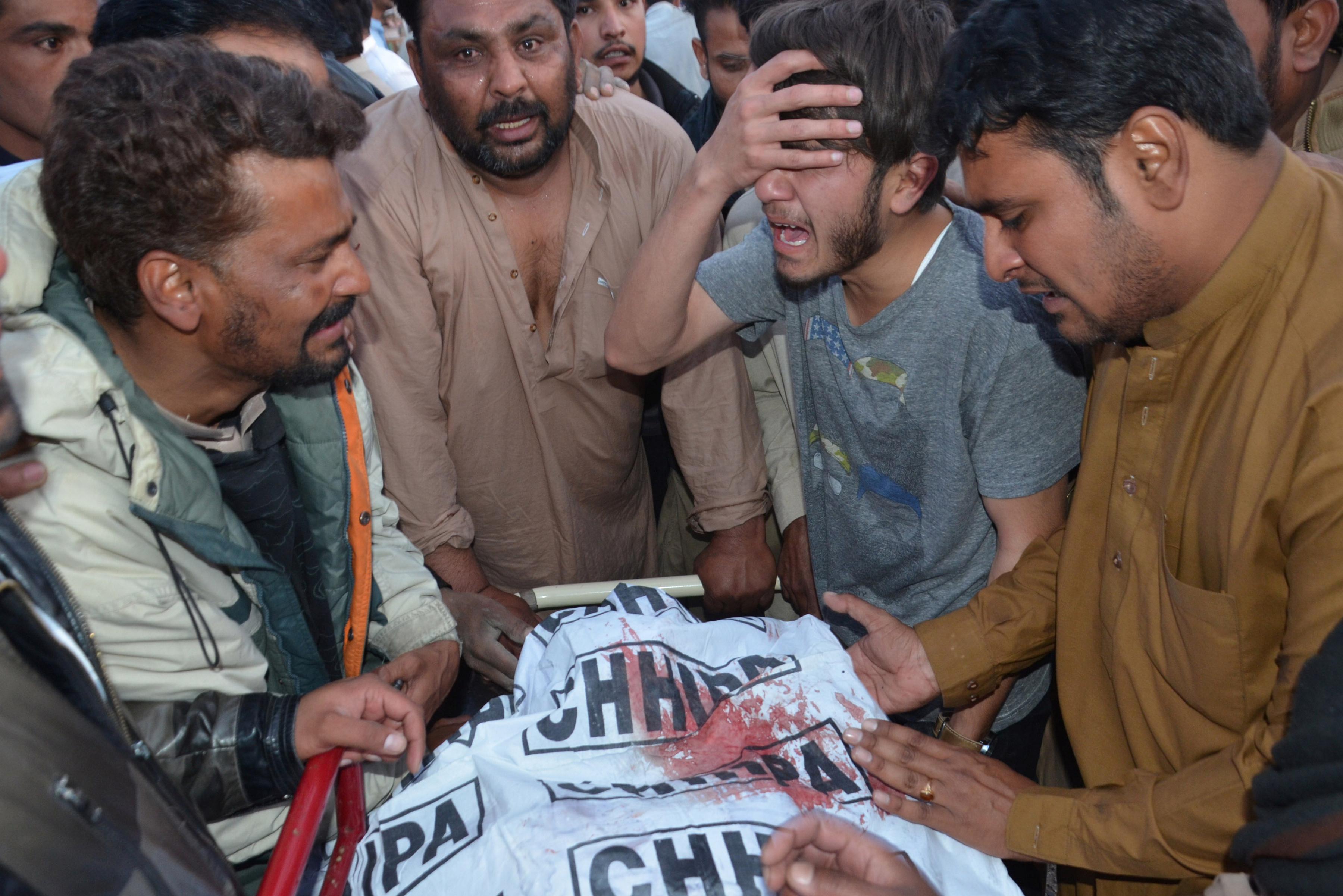 Gunmen in Pakistan kill two Christians in drive-by shooting