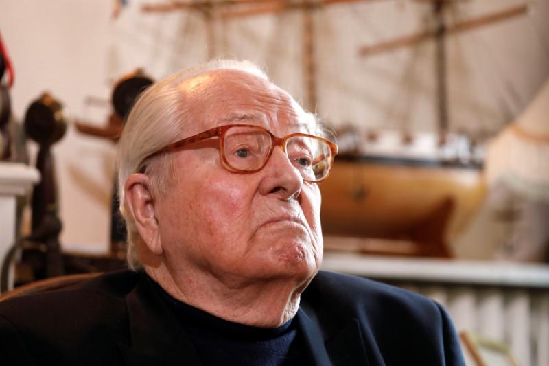 France's National Front founder Jean-Marie Le Pen hospitalised