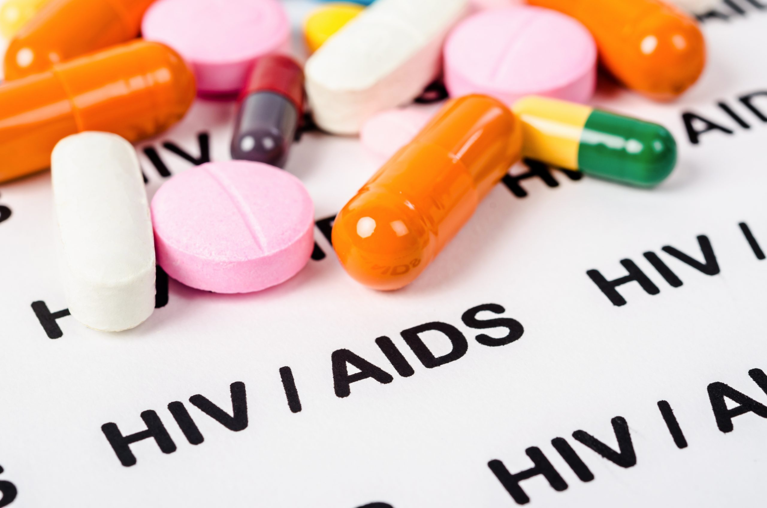 Transmission of HIV can be eliminated in a decade, minister says